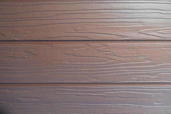 まるで本物の木材!? 実は、木目サイディングのデザイン塗装なんです!_6